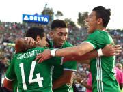 比赛集锦:墨西哥 2-0 牙买加