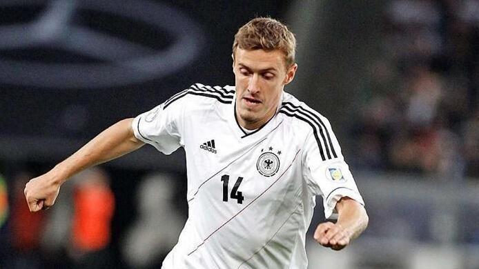 《图片报》的消息称,有两支中国球队对这位德国国脚很感兴趣.