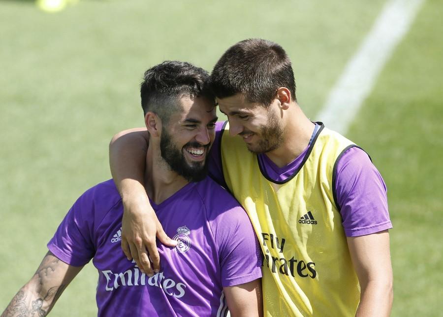 伯里曼速写结构头颈肩-北京时间7月28日,皇家马德里将迎来他们国际冠军杯的首个对手:巴