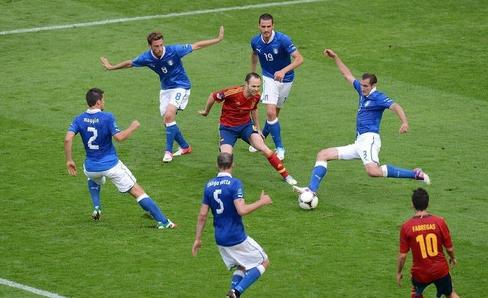 足球比赛多长时间_欧冠比赛时间是多长_足球比赛时间多长