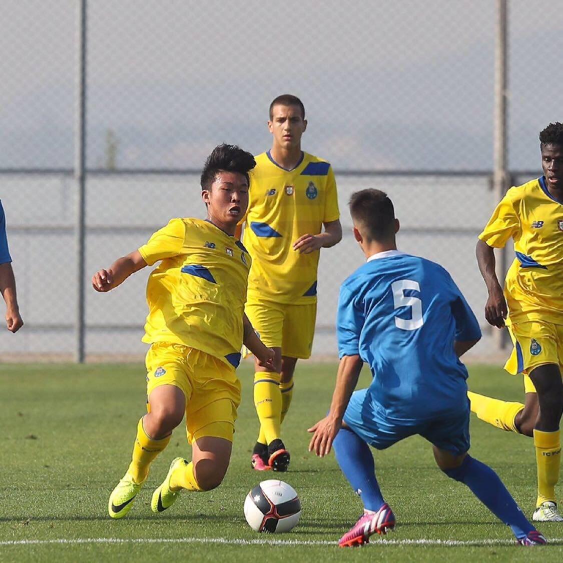 波尔图青年队4-1大胜莱克索斯,严鼎皓打入加盟