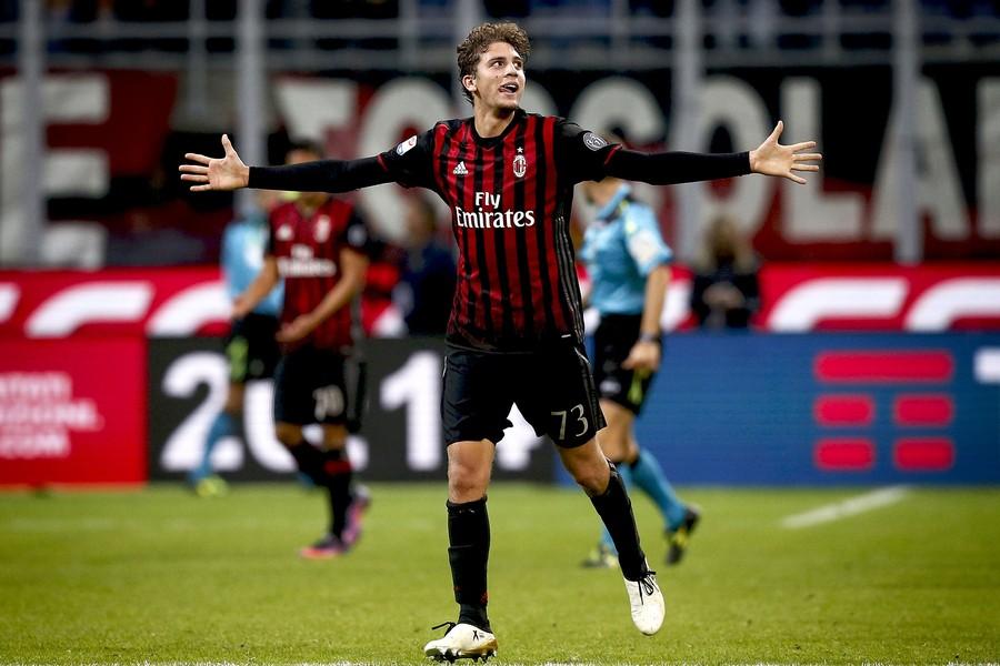 米兰1-0尤文,洛卡特利世界波制胜,尤文争议进球