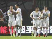 亚泰2-1客胜建业取三连胜,脱离降级区,杨博宇制胜球