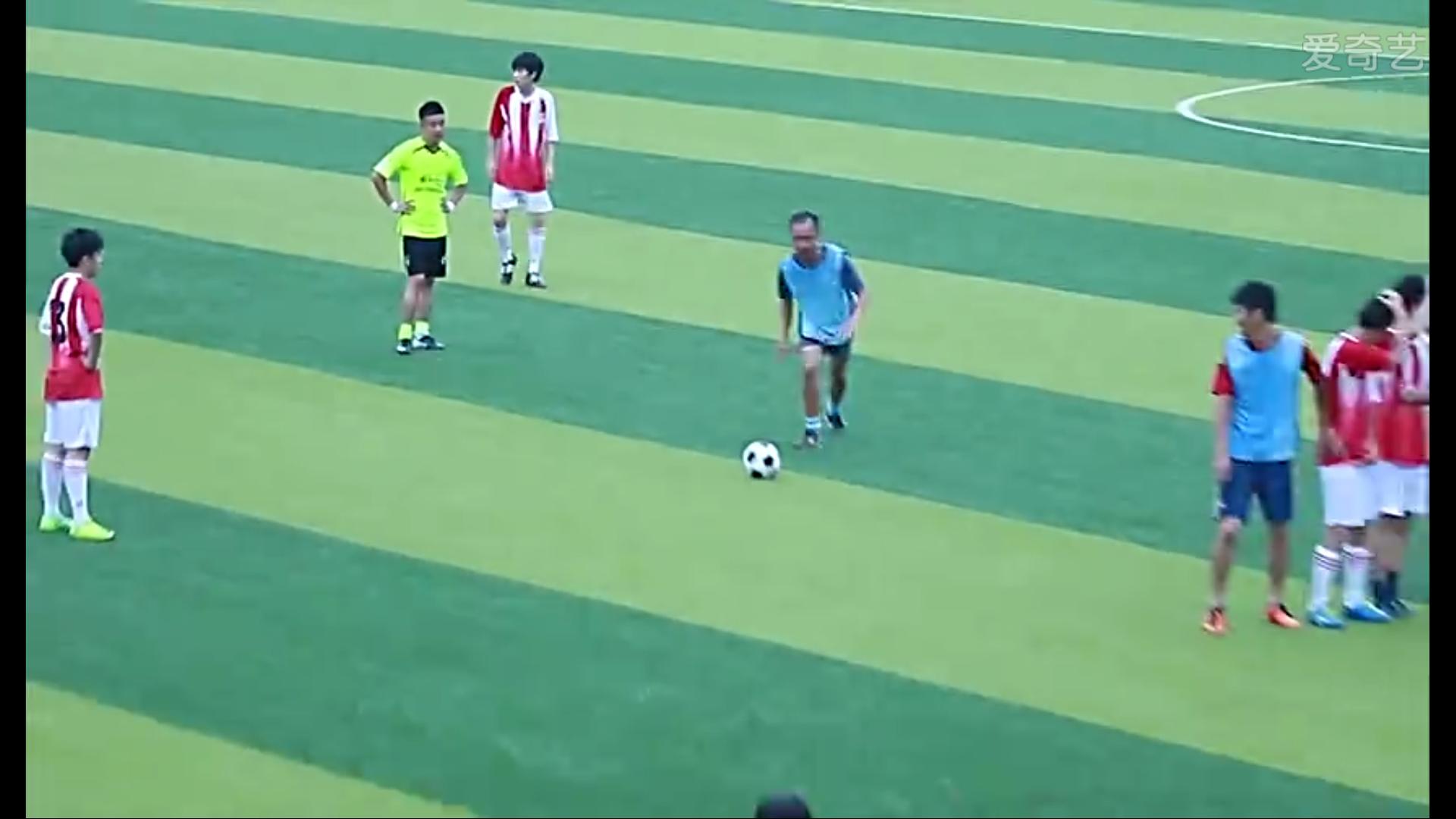 足球改造人 关鸿 小说_有关孩子足球电影_竞彩足球单关投注规则