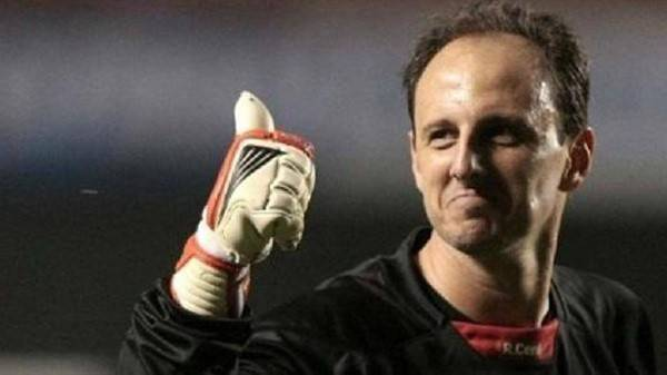 章鱼日报:C罗神纪录6年没断过 巴甲联赛步入尾