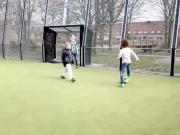 这才是社区快乐足球  想踢这样的足球在中国好难