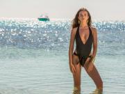 性感,阿里女友海边拍摄泳装照
