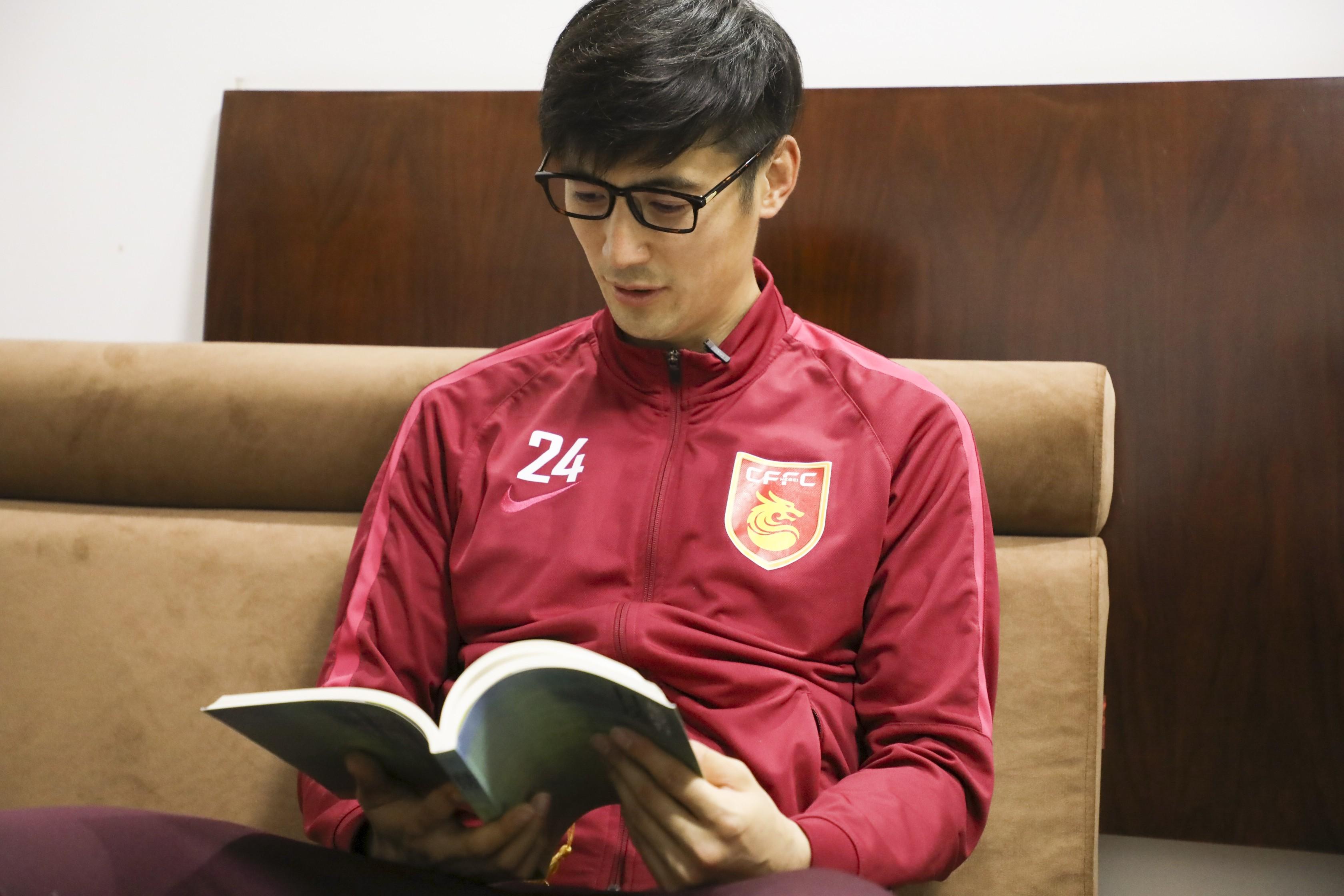 懂球号文章   坚定追梦,我是球员耿晓峰; 追求幸福,我是朗读者耿晓峰.