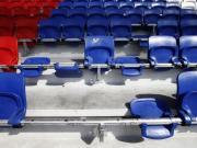 球迷砸坏里昂座椅,巴黎受处罚