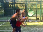 又发现新技能!内马尔和朋友打网球,网前技术稳健轻松得分