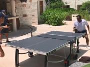 技术真心赞!扎卡乒乓球台前一展身手