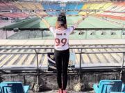 女球迷采访:拥有逆天大长腿的卡纳瓦罗迷妹馨馨