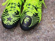Pete郑足球鞋涂鸦——阿迪达斯下篇之X系列