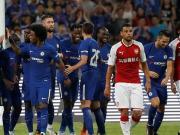 切尔西3-0阿森纳赢下鸟巢德比,巴舒亚伊两球,佩德罗伤退
