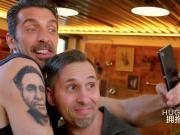 把足球偶像纹在身上,来自布冯给球迷的礼物