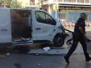 不说足球:巴塞罗那发生恐怖袭击事件,目前已造成13人遇难