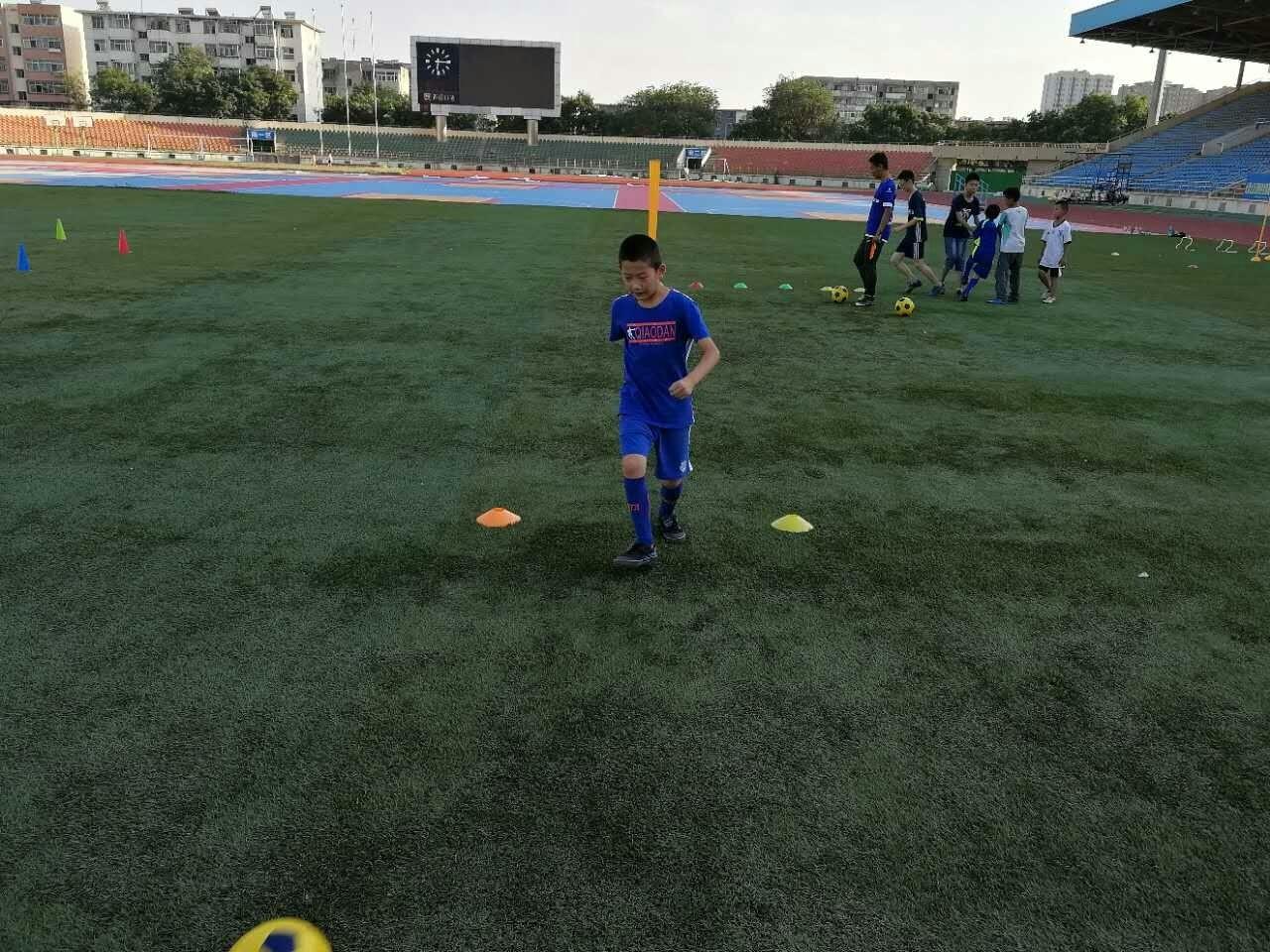 草根足球才是中国足球的脊梁! - 懂球帝