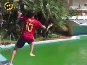 绿色泳池变球场,西班牙沙足几位国脚的技术把我看跪了