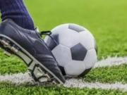 足球基础:如何使用正脚背完成抽射?