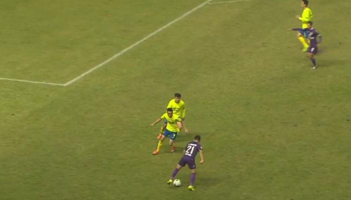 黑龙江0-0四川,王伯仁任意球中楣,次回合比赛下周六打响