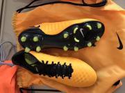Opus还是Obra?详解Nike顶级鬼牌Magsita系列足球鞋