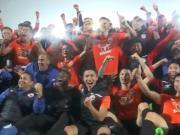 《足球之夜》专题:北京人和历经两年蛰伏,本赛季成功冲超!