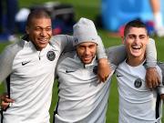 图集:巴黎备战欧冠,内马尔、姆巴佩、维拉蒂搭肩欢笑