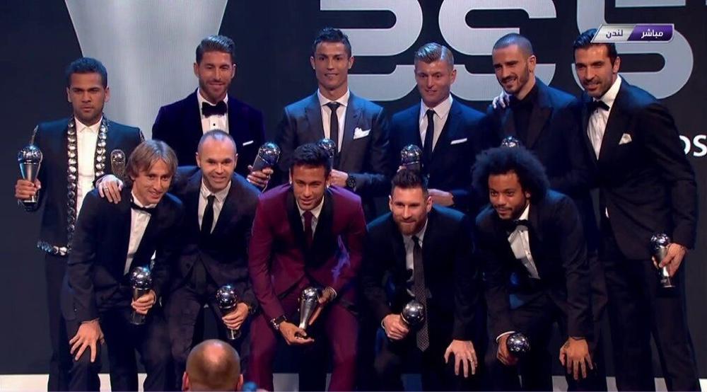 FIFA年度最佳阵容公布:C罗、梅西、内马尔领