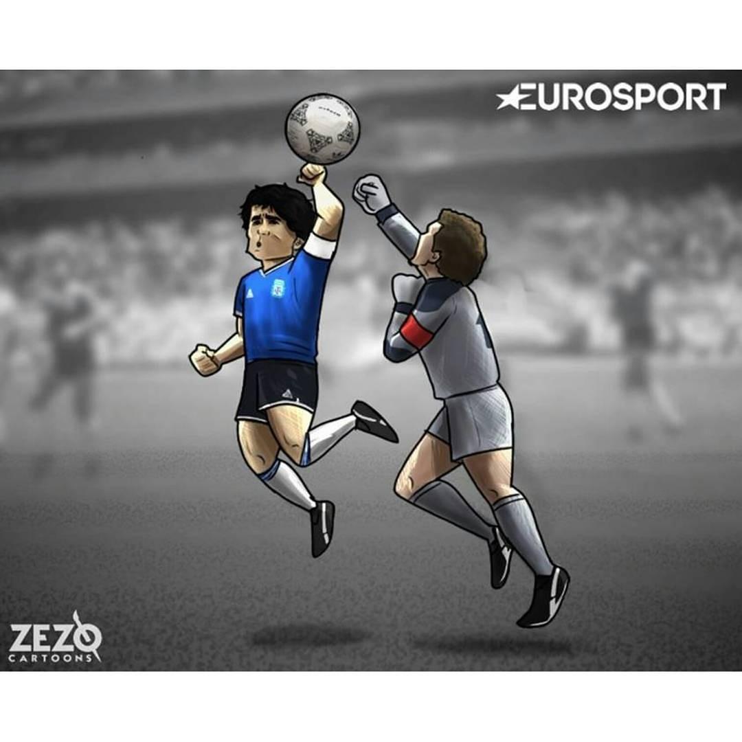 足球漫画:生日马拉多纳57岁球王a足球漫画女生吸血鬼图片