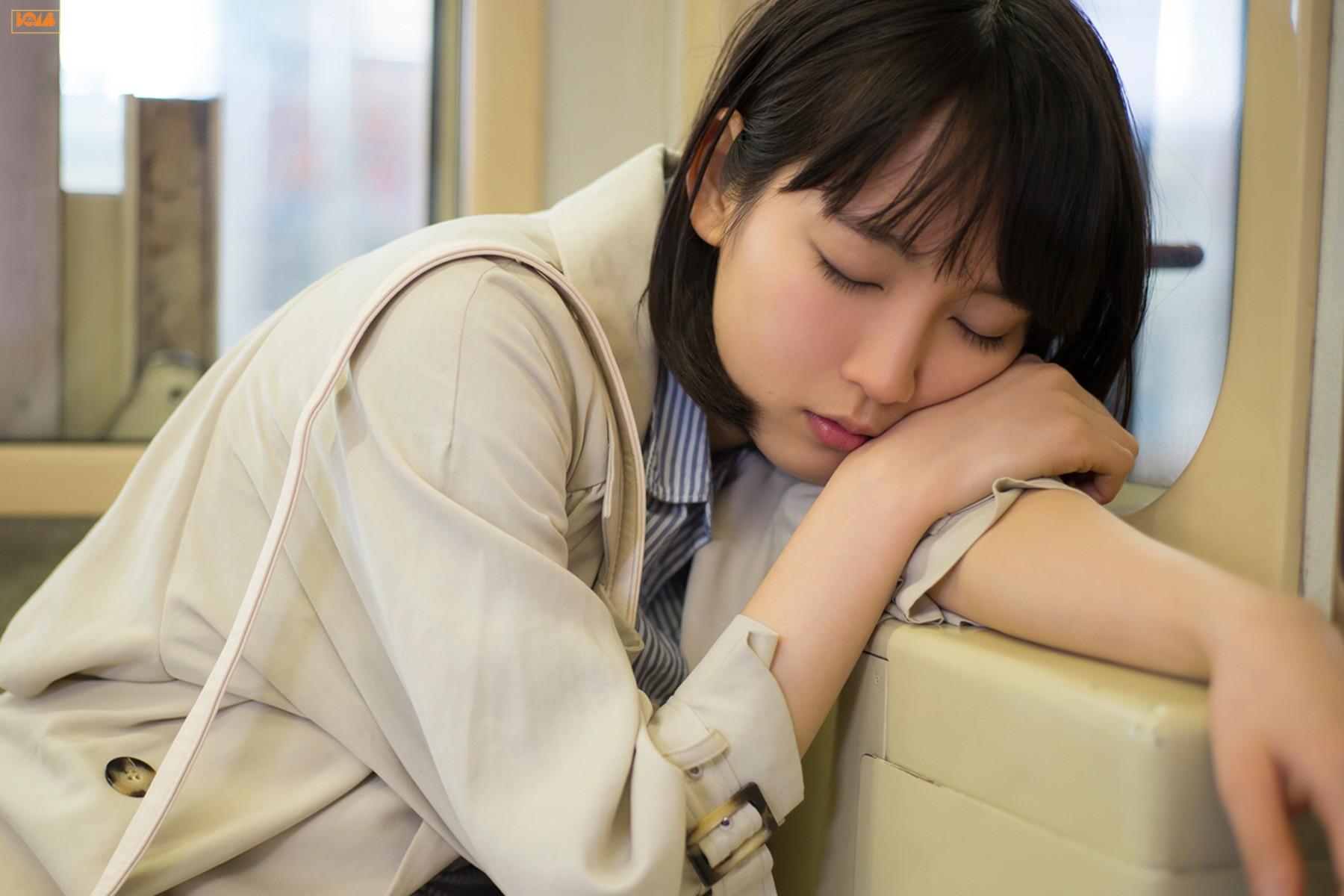 色亚洲日本18图_球色怡人亚洲版:与巴尔特拉同月同日生的日本女影星吉冈里帆
