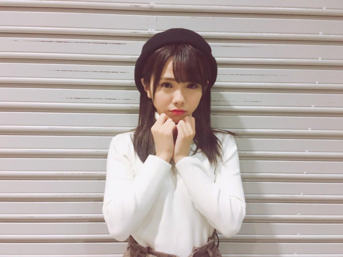 色亚洲日本18图_球色怡人亚洲版:矶佳奈江,她可能是踢球最棒的日本女偶像