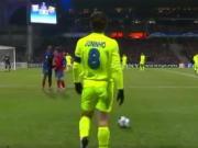 任意球当点球踢,小儒尼尼奥的世界波让巴萨门神都毫无办法