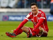 拜仁0-0柏林赫塔各项赛事14连胜终结,莱万、里贝里各失单刀