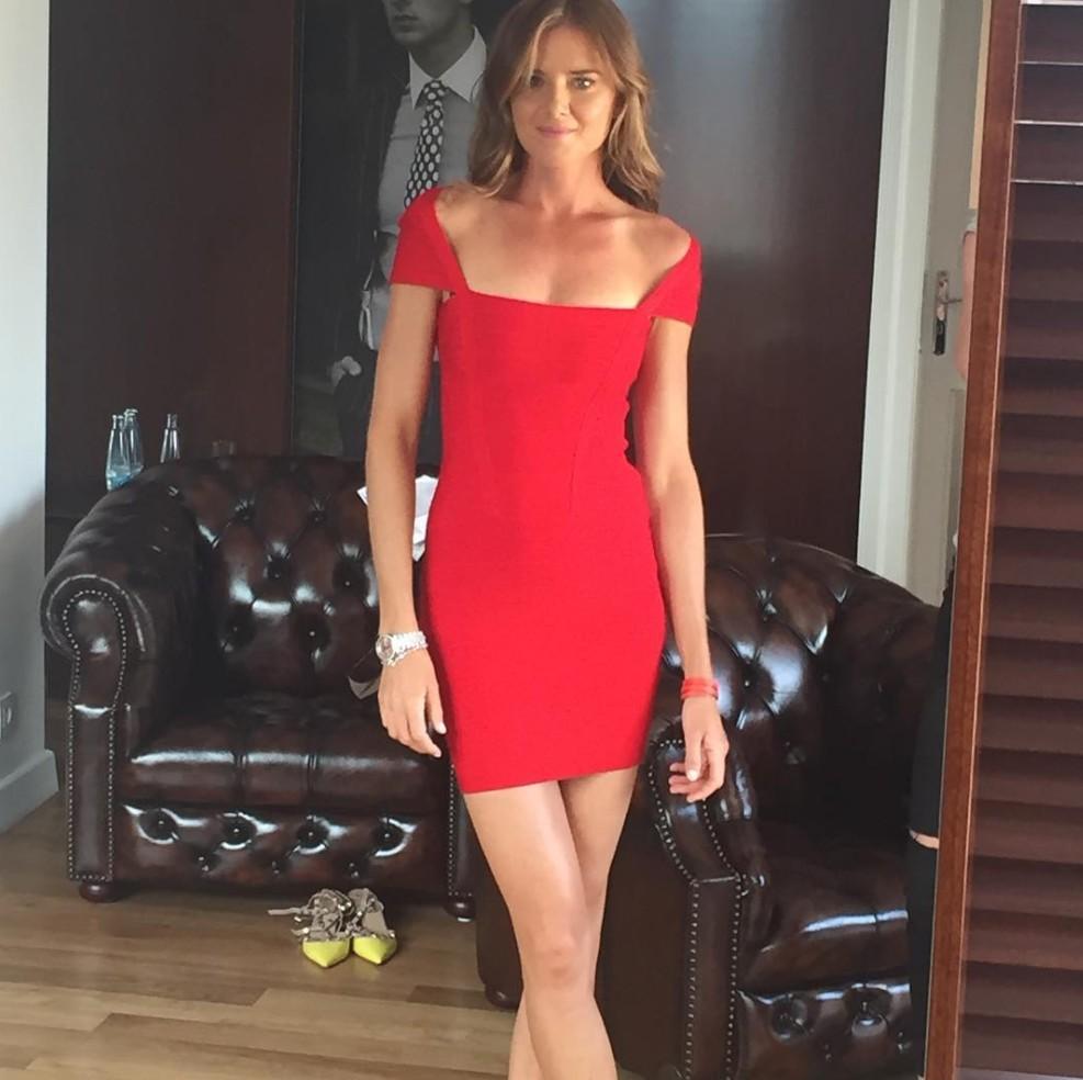 強色妹色_球色怡人:托蒂的迷妹,网球长腿美女汉图楚娃