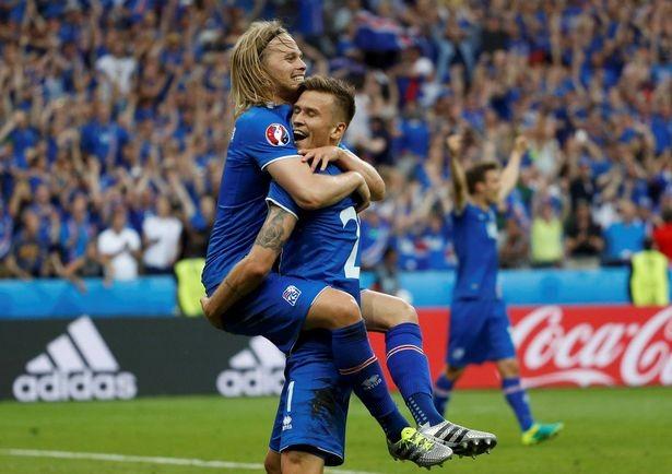 新闻正文   冰岛国家队主教练哈德格里姆松在世界杯前接受采访时不吝