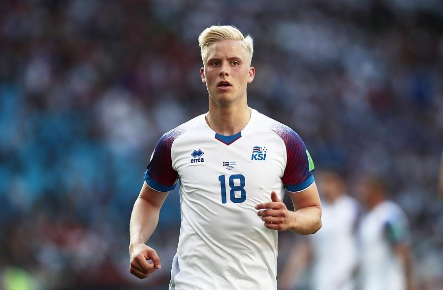 马格努松跟随冰岛国家队参加过2016年的法国欧洲杯,他目前是国家队的