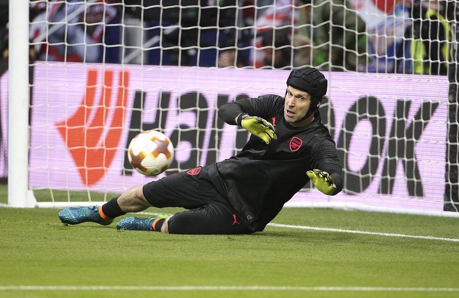 据意大利媒体《足球市场》报道,阿森纳的捷克门将切赫拒绝了那不勒斯