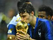 吉祥物,帕瓦尔参加的各年龄段比赛法国均保持不败