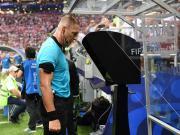 世界杯上VAR平均用时:提醒主裁要花55.6秒,看回放用86.5秒
