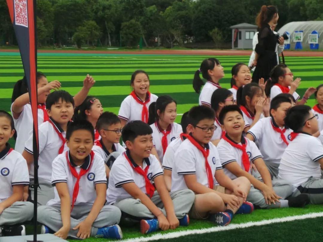 走进校园|东吴萌芽小学足球之走进金阊年级v小学少年的歌新城音乐大海二小学图片