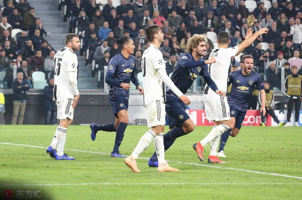尤文图斯在欧冠小组赛主场被曼联逆转后,那不勒斯在推特上进行了回应.图片