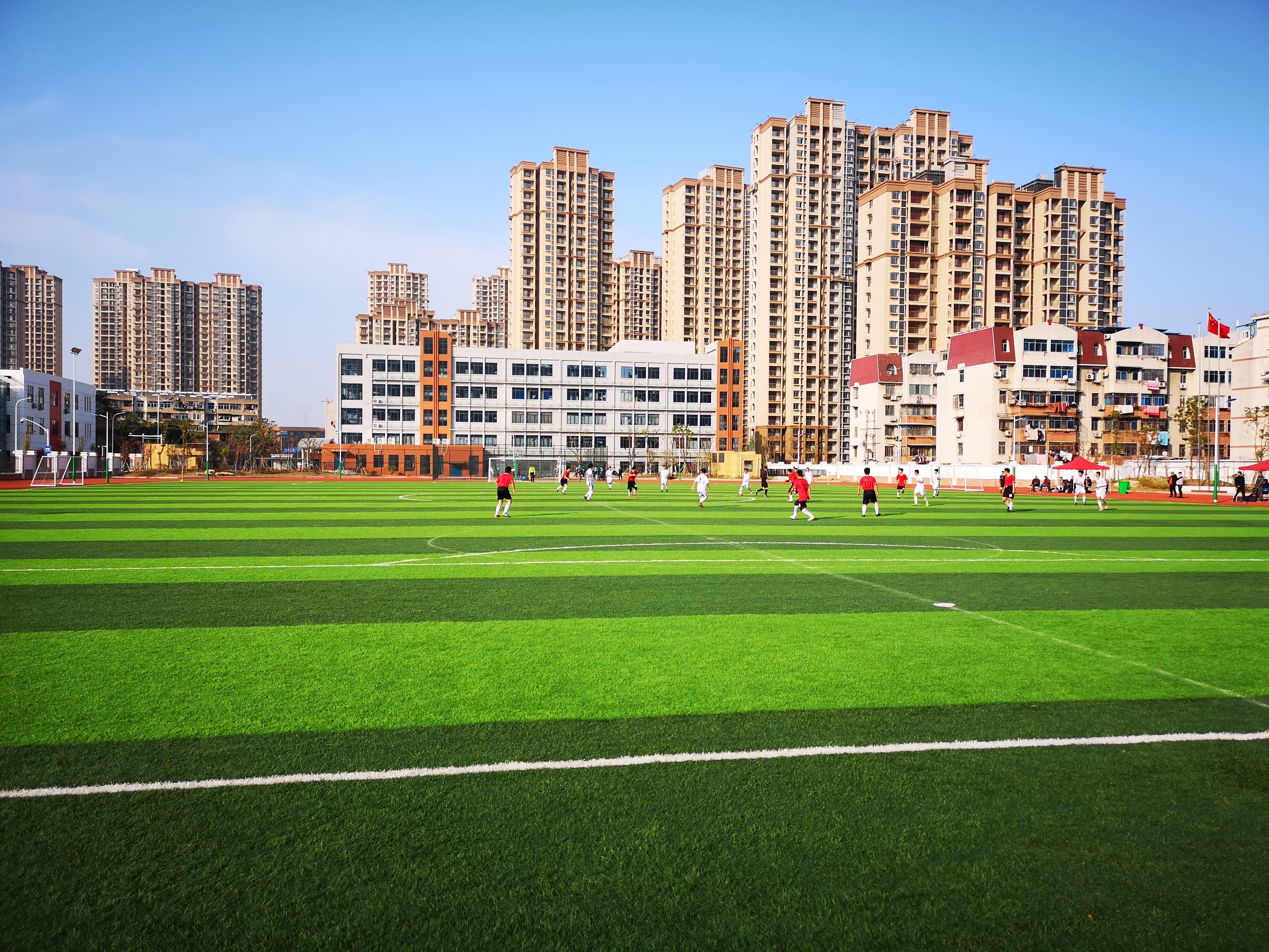 奔跑的校园足球,不应被短期功利思维束缚了手脚