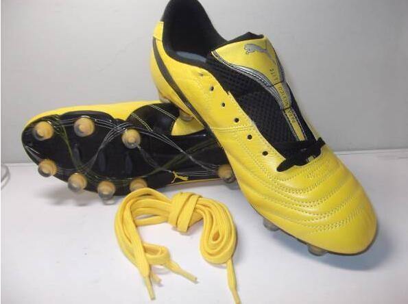 日本足球领先中国多少年,看看日系最强足球鞋