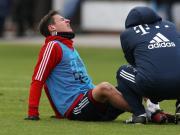 惨,拜仁训练中又有球员受伤