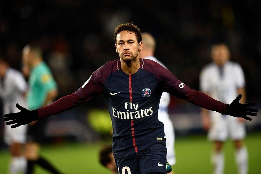 巴黎2-0特鲁瓦获各项赛事7连胜,内马尔传射,卡瓦尼建功
