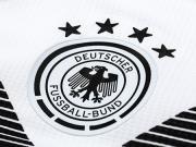 大喜娱乐城衣赏析:德国国家队2018主场大喜娱乐城员版大喜娱乐城衣