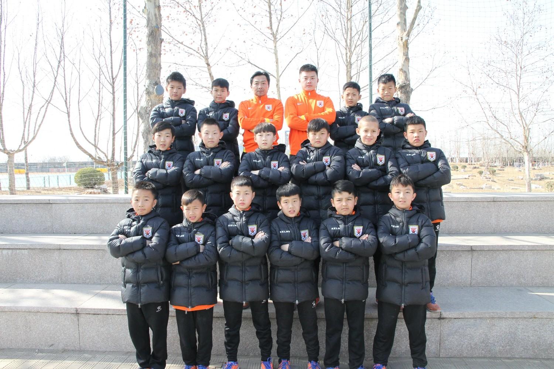 鲁能青训-足球强国梦-鲁能泰山足球学校十级后