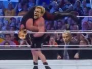 送葬者还跟瓜迪奥拉有关?用WWE片段演绎曼城不败纪录被打破