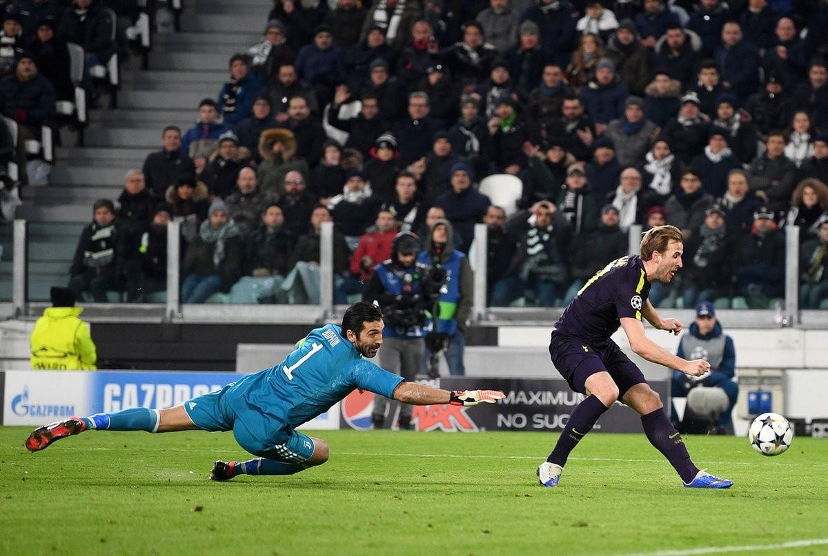 7球!哈里-凯恩追平英格兰球员欧冠赛季进球纪录