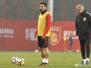 图集:华夏幸福球队重新集结,众将进行首堂训练课调整状态